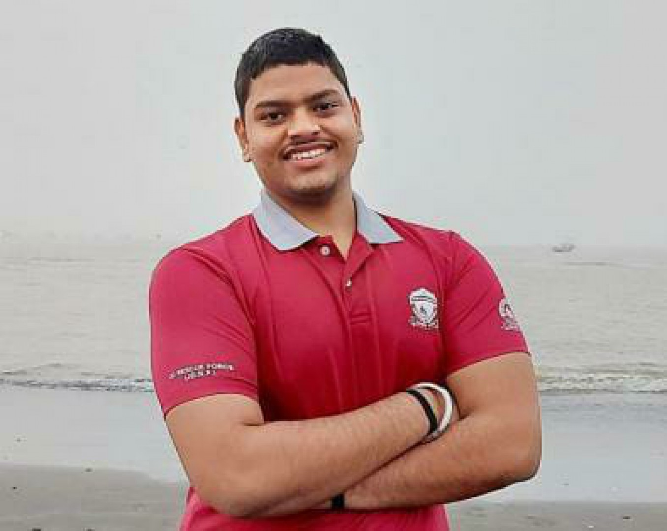 SEA SWIMMER JAYANT SETS NEW RECORD